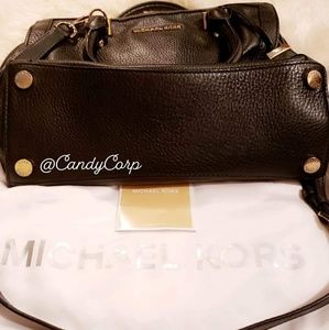 Michael Kors Bags - MICHAEL KORS Pebbled Leather Satchel (M size)